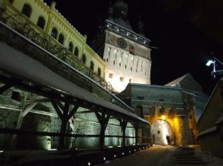 Cetatea-Sighisoara noaptea